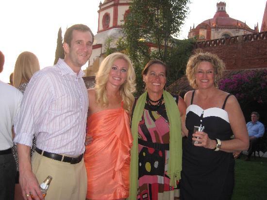Coqueta Hotel Boutique : At the reception...