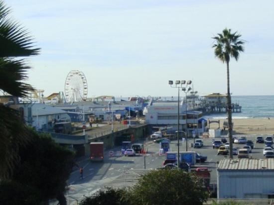 """Santa Monica Pier: El famoso muelle de Santa Mónica, aquí se han filmado muchas películas, entre ellas """"Celular"""" y"""