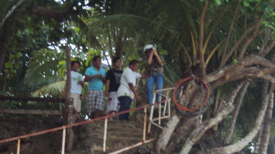 Initao, Philippines: zipline experience