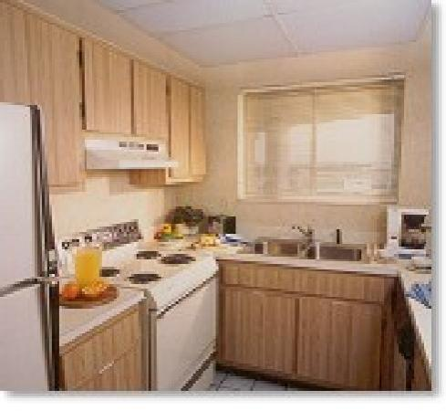 Ocean Trillium Suites : Ample Kitchen