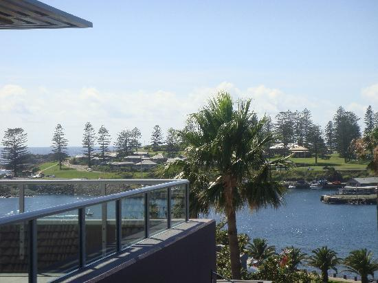 The Sebel Harbourside Kiama: View from room 304 over Kiama harbour