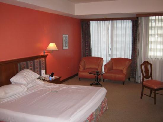 Tai-Pan Hotel: Room on the 7th floor