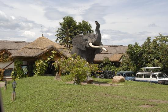 Mweya Safari Lodge: entrata