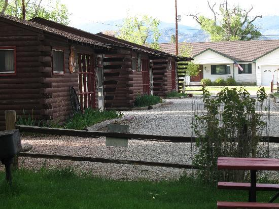 Thunder Lodge : Some of the other cabins