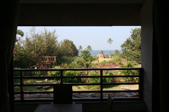 Tito's Beach Retreat (A Boutique Resort): View from Sun room