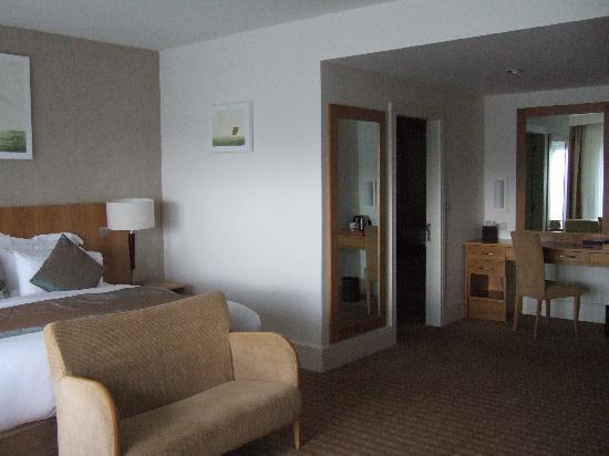Sneem Hotel: Room from window