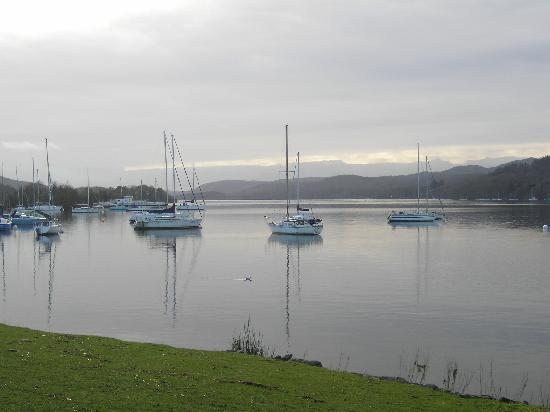 Storrs Gate House: Windermere 2 mins from b&b