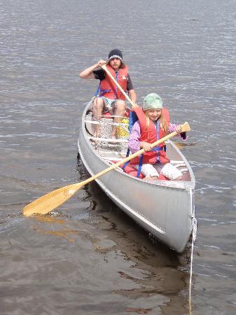 Pakwash Lake Camp : Enjoying Pakwash Lake