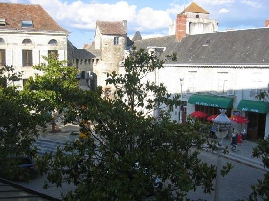 Hôtel Saint Roch : vue de la chambre