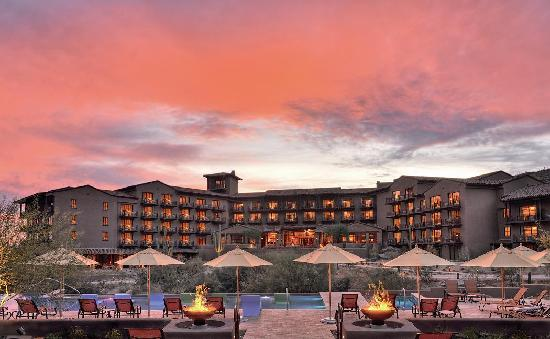 The Ritz-Carlton, Dove Mountain: The Desert Sunset
