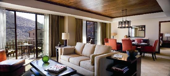 The Ritz-Carlton, Dove Mountain: Premiere Suite
