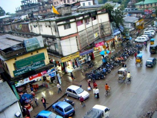 Tinsukia, India: Main street.