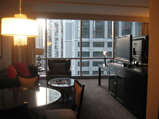 theWit - A DoubleTree by Hilton: sitting area