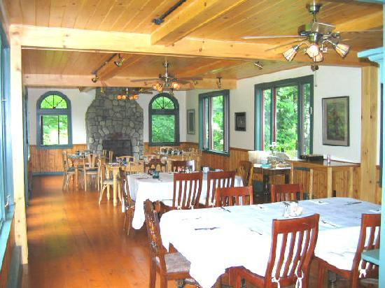 Trail's End Inn: the Breakfast room