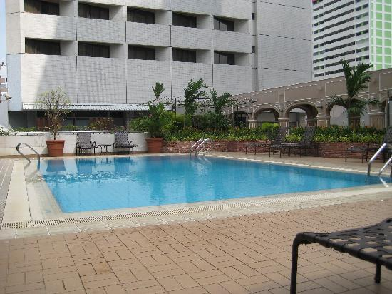 Grand Pacific Hotel: Pool