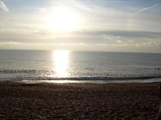 East Beach Hotel: Eastbourne Beach