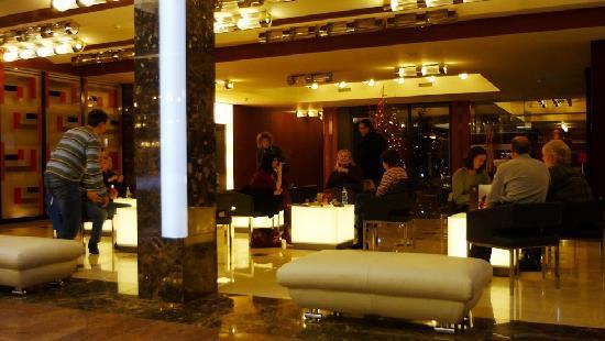 Hotel Grand Majestic Plaza Prague: Lobby 2