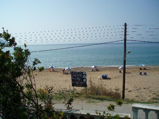Άγιος Γεώργιος, Ελλάδα: Sicht auf den Strand