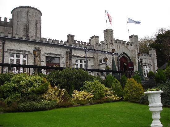 Cabra Castle Hotel: Cabra Castle view