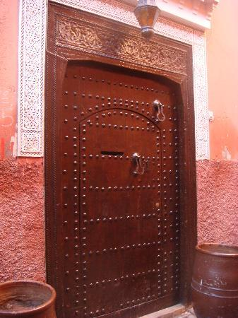 La porte du riad Calista