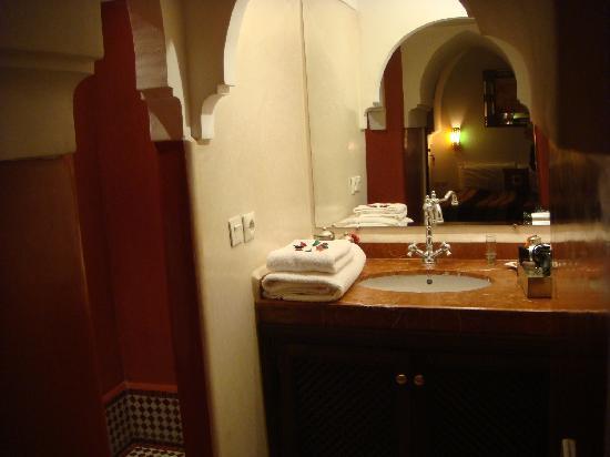 Riad Calista: Salle de bain