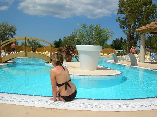 Le Barcares, Francja: My wife uses the new pool complex.