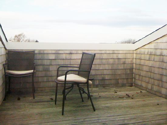 Mill Street Inn: Private deck with views