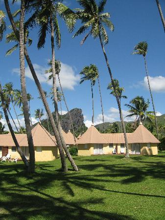 bungalows koulnoue village