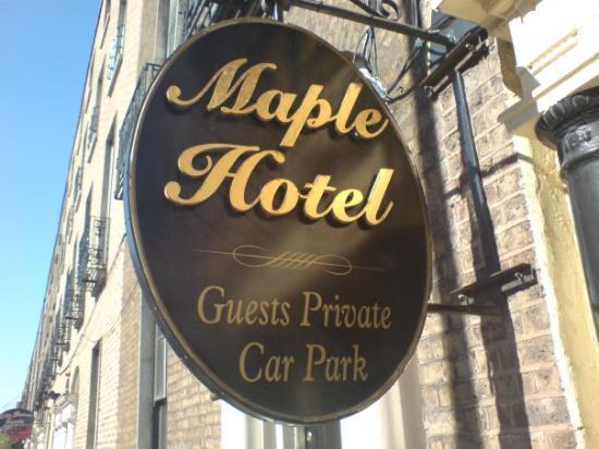 Maple Hotel: vores hotel