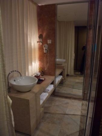Panlong Paradise Resort: 德慶盤龍峽度假村 酒店內
