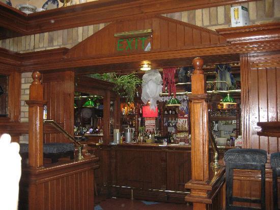 Duffy's Pub: vue sur le bar