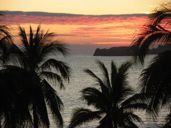 Hotel Fontan Ixtapa: Coucher de soleil vue de mon balcon