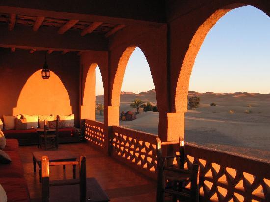 Hotel Kasbah Kanz Erremal: Desde la terraza al amanecer