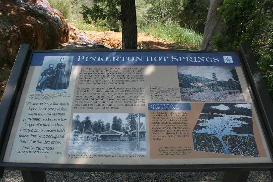 Pinkerton Hot Springs: Parking Lot Sign