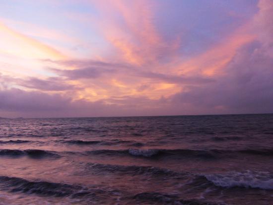 Nukubati Island, Fidji : Amazing Sunset