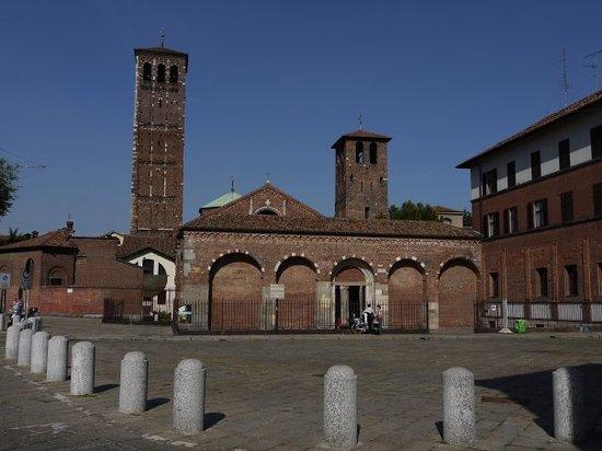 圣安布洛乔教堂