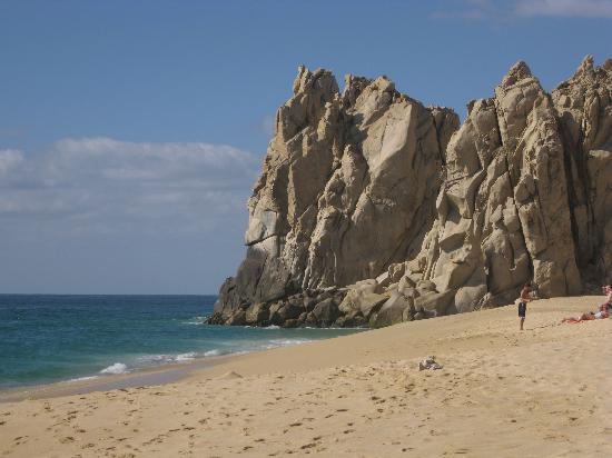 Hotel Quinta Del Sol: A beach near Land's End, facing the Sea of Cortez.