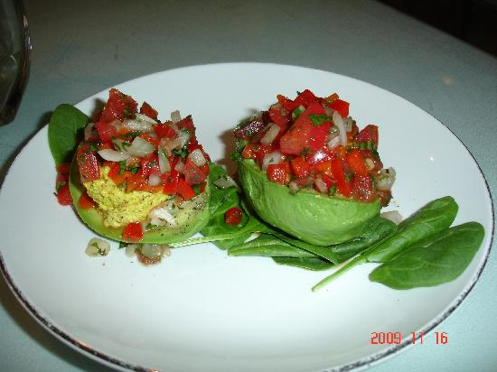 Lov'n It Live: Stuffed Avocados