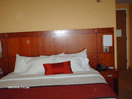 Courtyard Laredo: Standard room