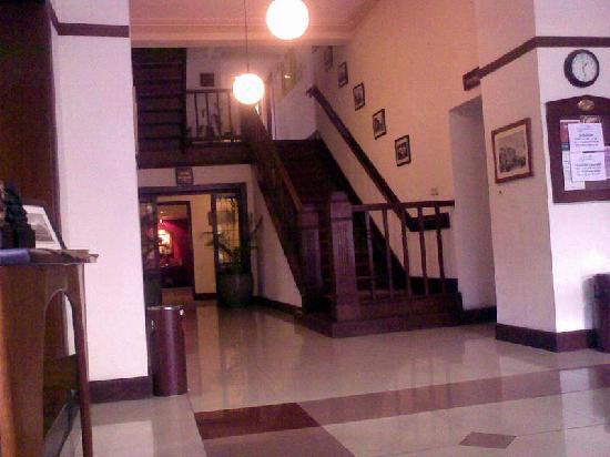 Hotel Bumi Sawunggaling 사진