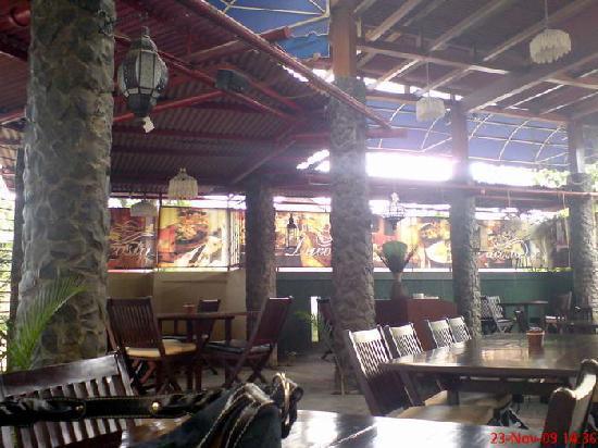 Hotel Bumi Sawunggaling: da costa cafe