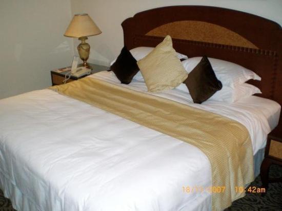 فندق جراند ريجنسي: Grand Regency Hotel