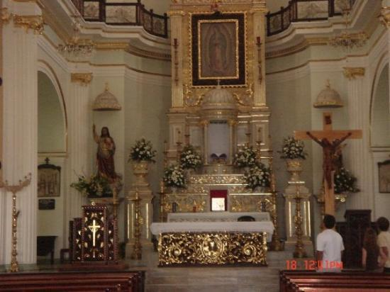 La Iglesia de Nuestra Senora de Guadalupe: the interior of the church