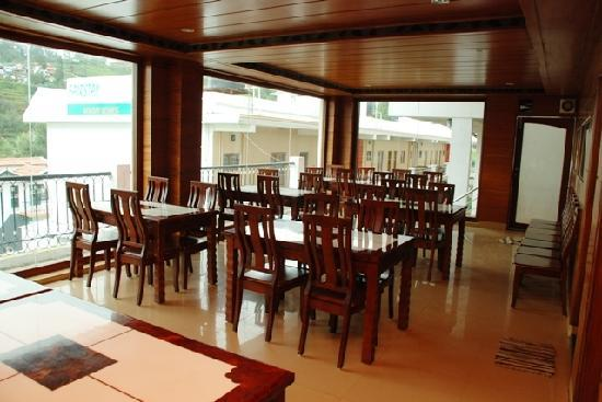 Fairstay Holiday Resort: Restaurant