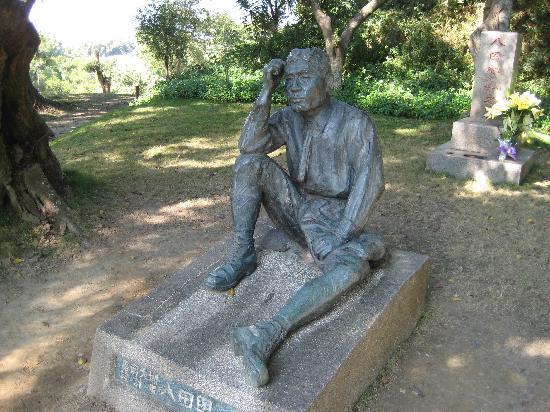 Wusanto Reservoir : 湖畔を眺めて考える八田與一像とお墓