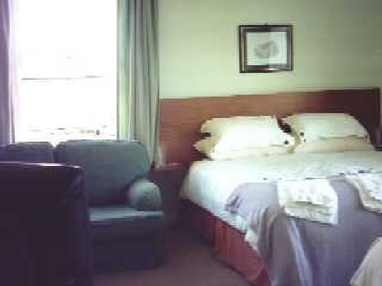 Moseley Farm B&B: Room1: Superking & Single ensuite room