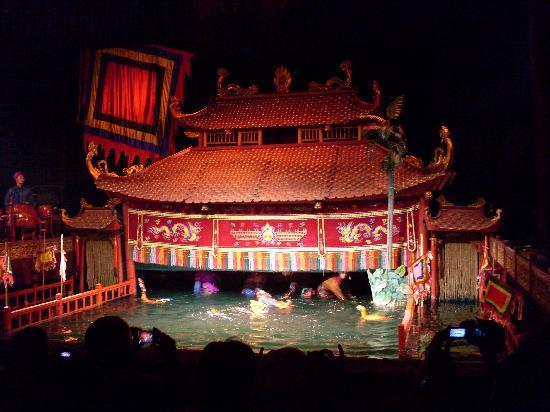 Hanoi Charming Hotel: Water Puppet Theater - a great show