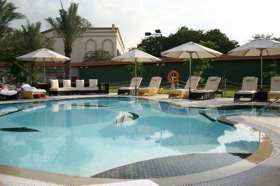 Le Meridien Dubai Hotel & Conference Centre : Royal Club pool 2