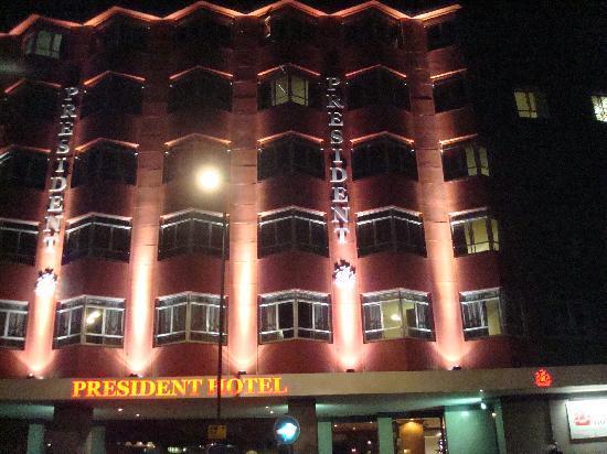 President Hotel: hotel