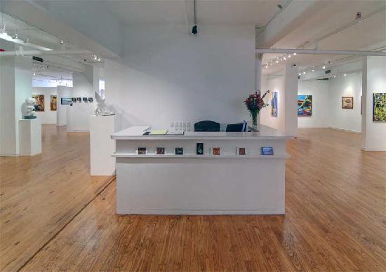 Agora Gallery-2